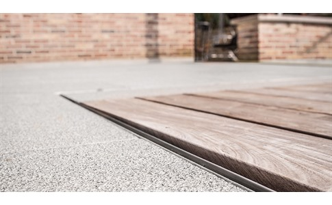 Promoties aco lijnafwatering gedimat bouwmaterialen for Caniveau invisible pour terrasse